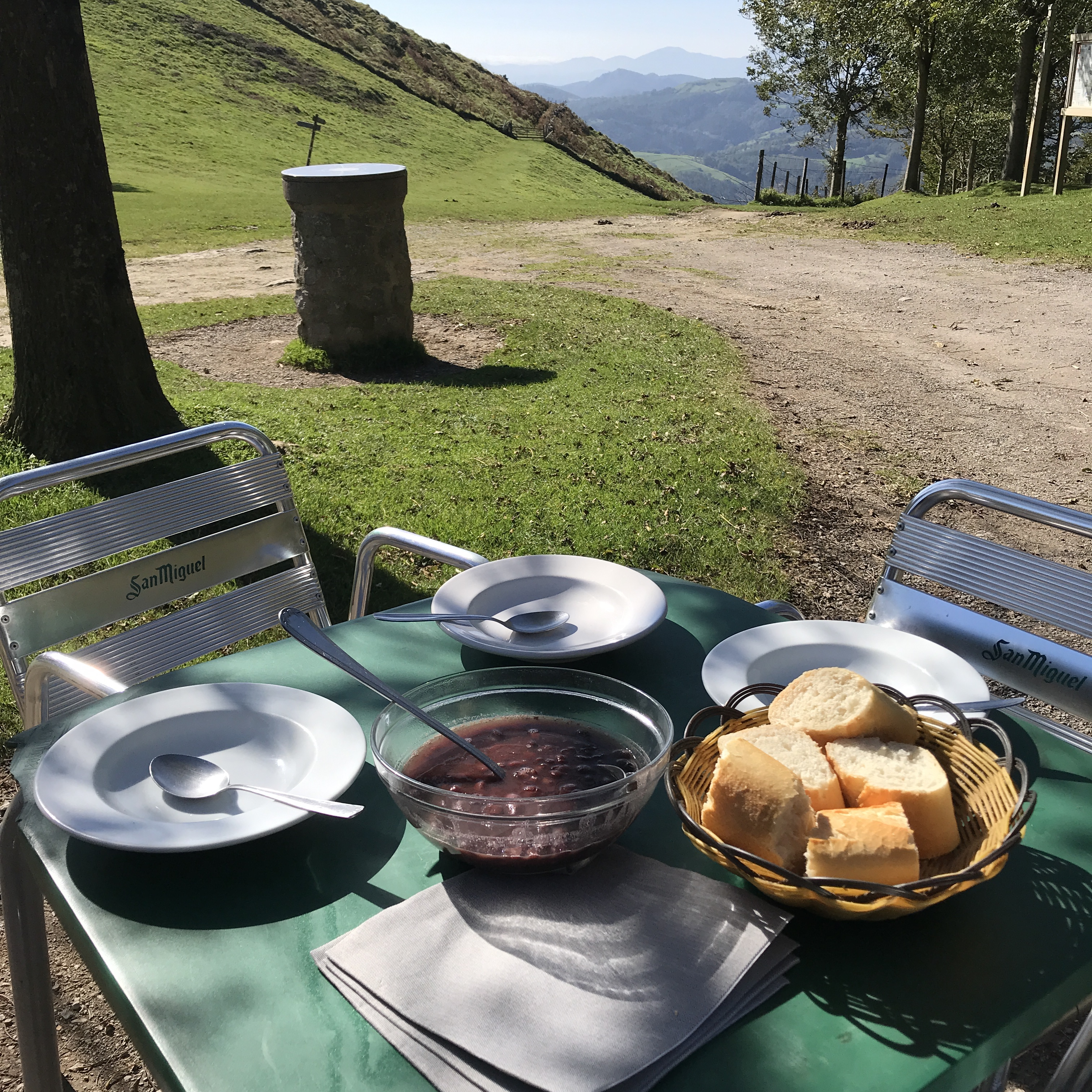 HEARTY LUNCH IN MOUNT HERNIO