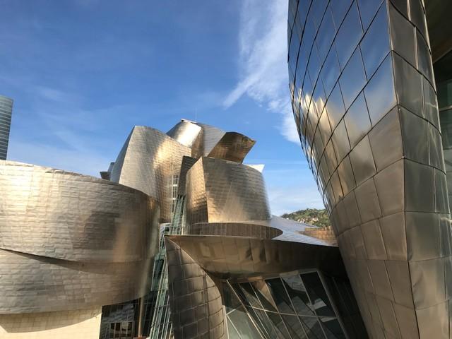 GUGGENHEIM MUSEUM IN BILBAO IS MADE OF TITANIUM